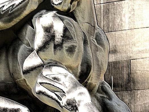 Statue sm